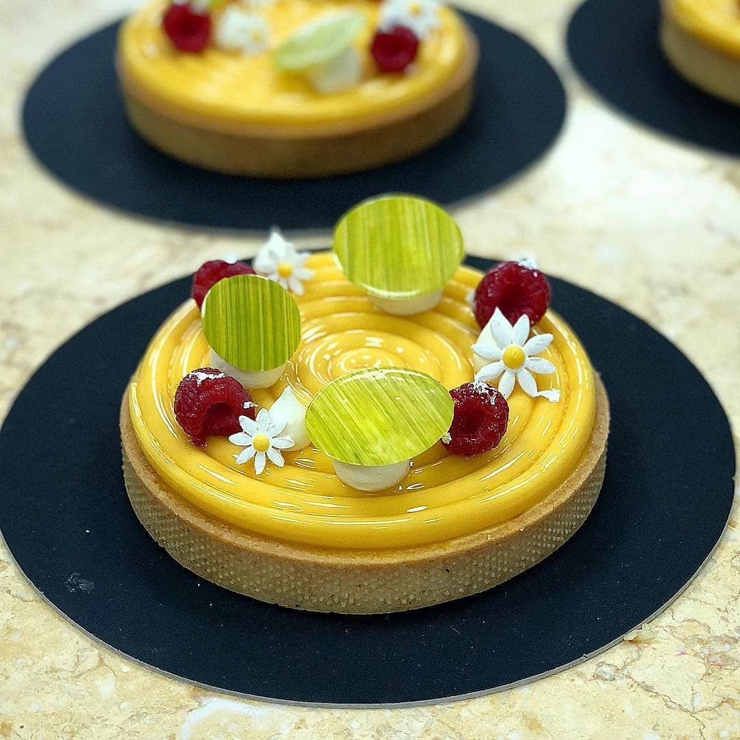 Pin By Skye Perrigo On Bar Dolce With Images Food Fruit Tart