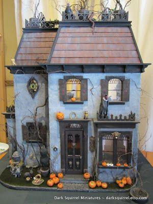 Halloween Village Display / Haunted House / Dark Squirrel Miniatures / DSM Asylum ~: Vulture's Roost ~