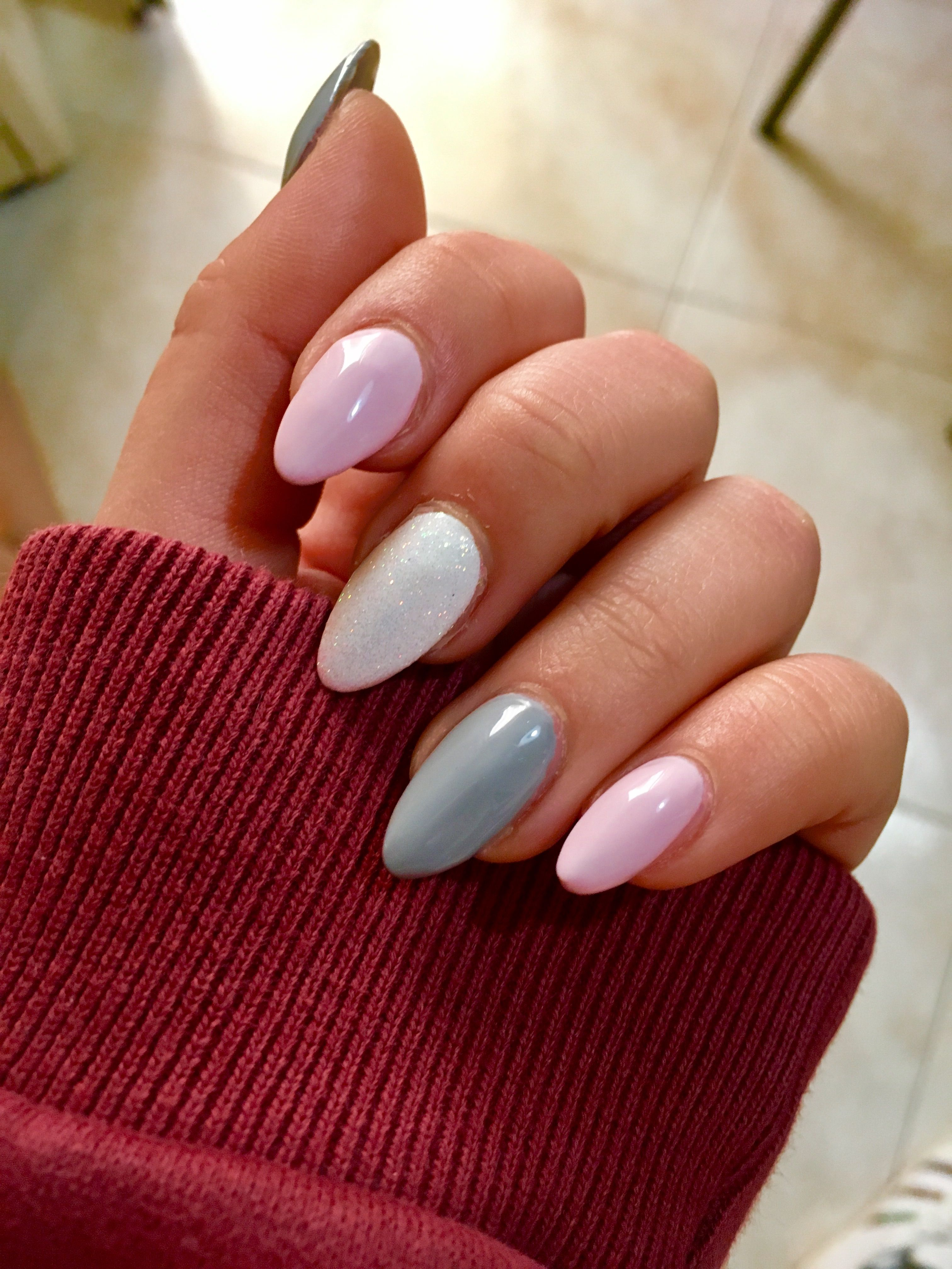 Light Pink Grey And White Glitter Almond Nails Pink White Nails White Glitter Nails Light Pink Nails
