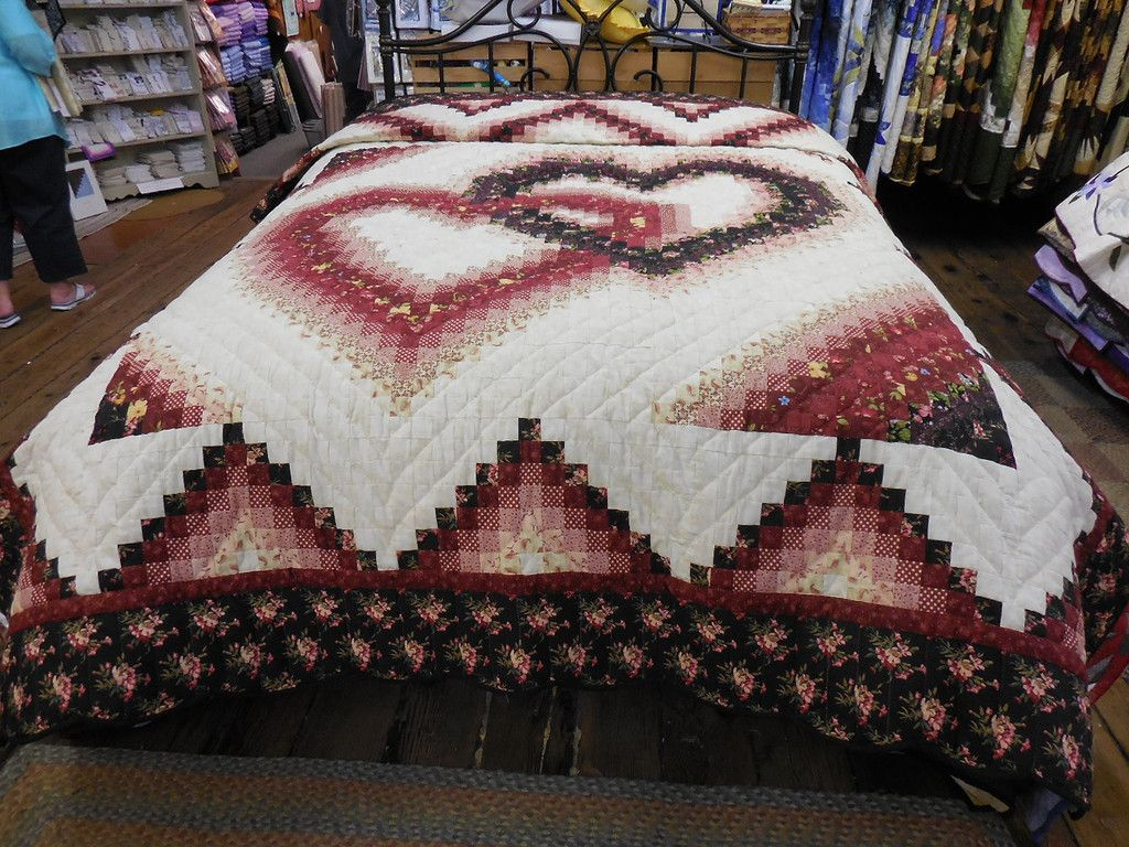 Linking Heart Pattern Quilting Log Cabin Quilt Pattern