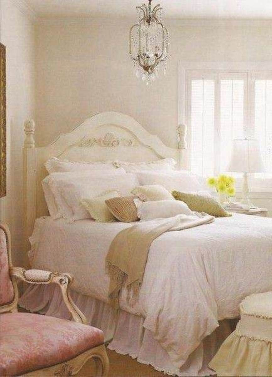 Decorating Parisian Style Bedroom | ... French Decorating Style For Bedrooms:  Charming French