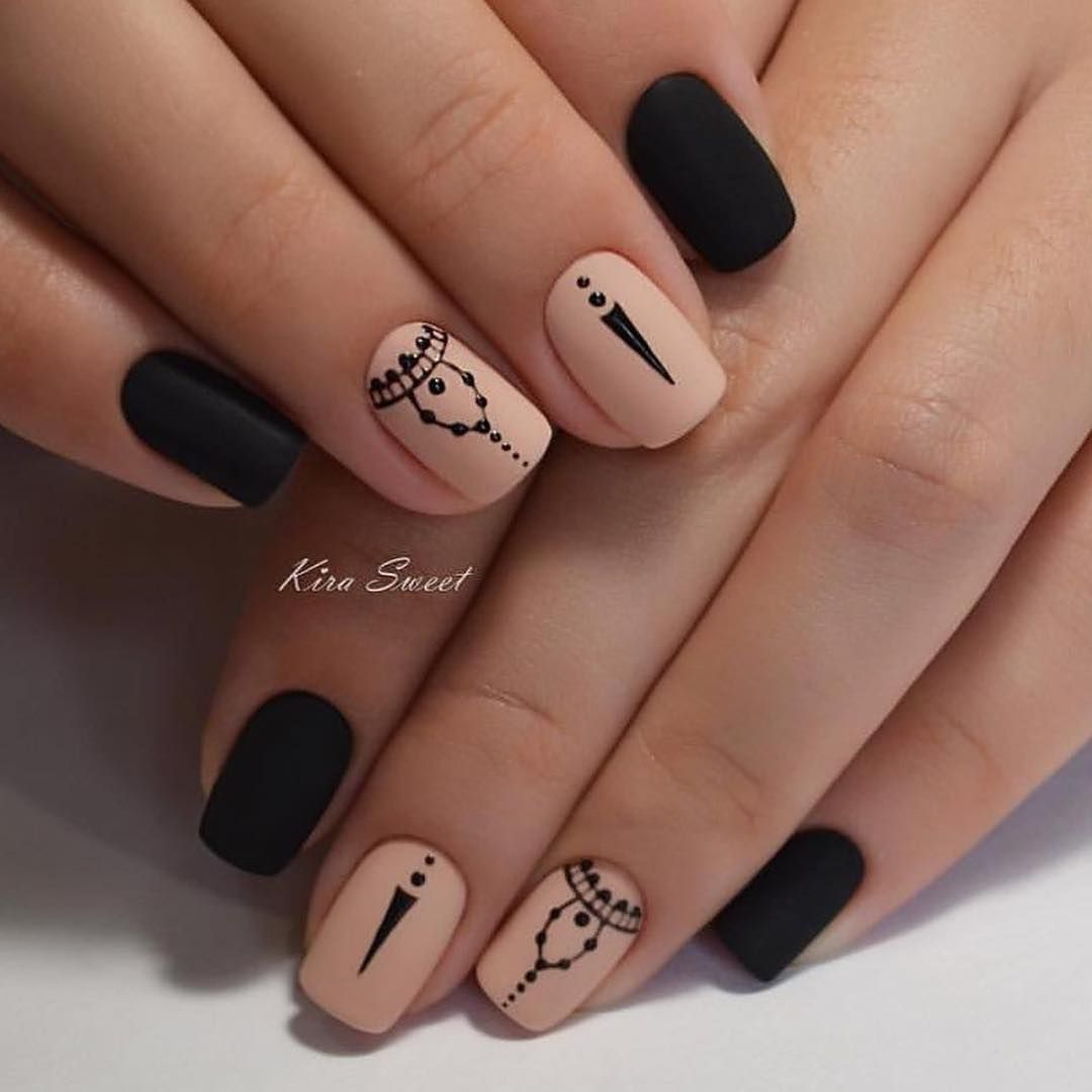 Black And Nude Nails With Designs I Love In 2018 Pinterest