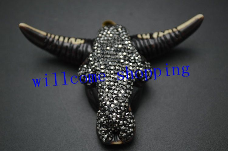1PC Big size Bull OX Head Fashion Man Pendant Cool Style Paved Crystal Beads On Top
