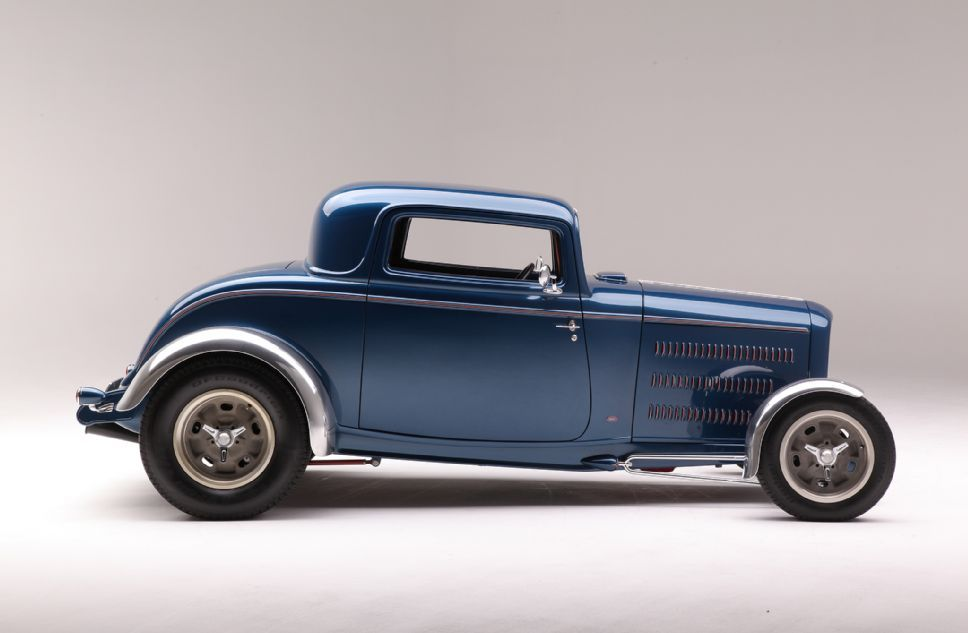 1932 Ford Three Window Side View. Maintenance of old vehicles: the ...
