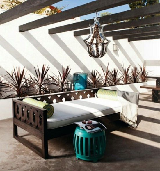 Elegant Wood Chairs for Outdoor Living Room