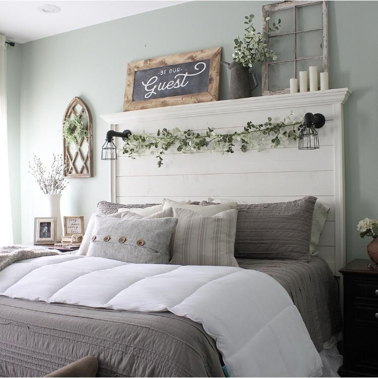 40 Guest Bedroom Ideas: Be Our Guest Chalkboard Inspired Wood Sign
