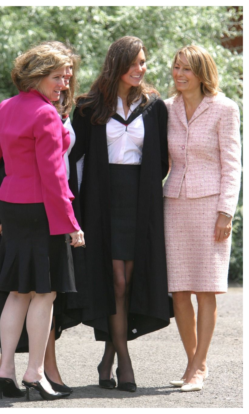 f26debfaa94f Kate Middleton with her mother on the day of her college graduation from  St. Andrews University.