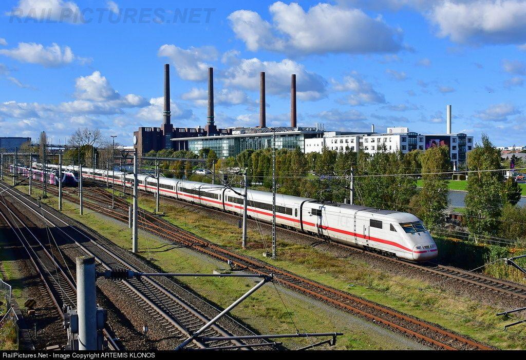 401 0161 Deutsche Bahn AG DB AG, ICE1 BR 401 at Wolfsburg
