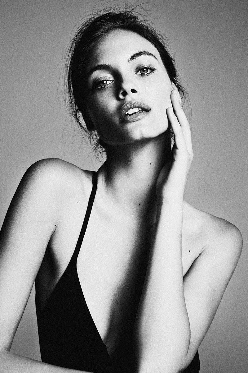 Backspaceforward kristina peric option models portrait poses woman portrait photography fashion photography