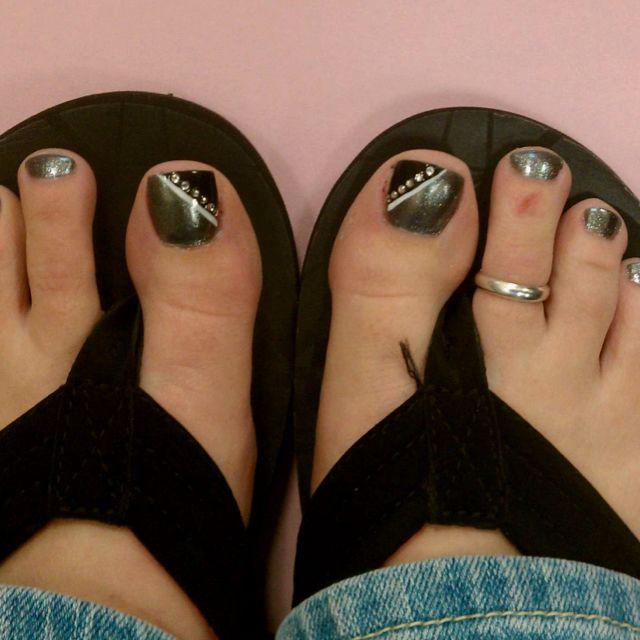 NFL Football Oakland Raiders inspired nail art!! | Raiders ...