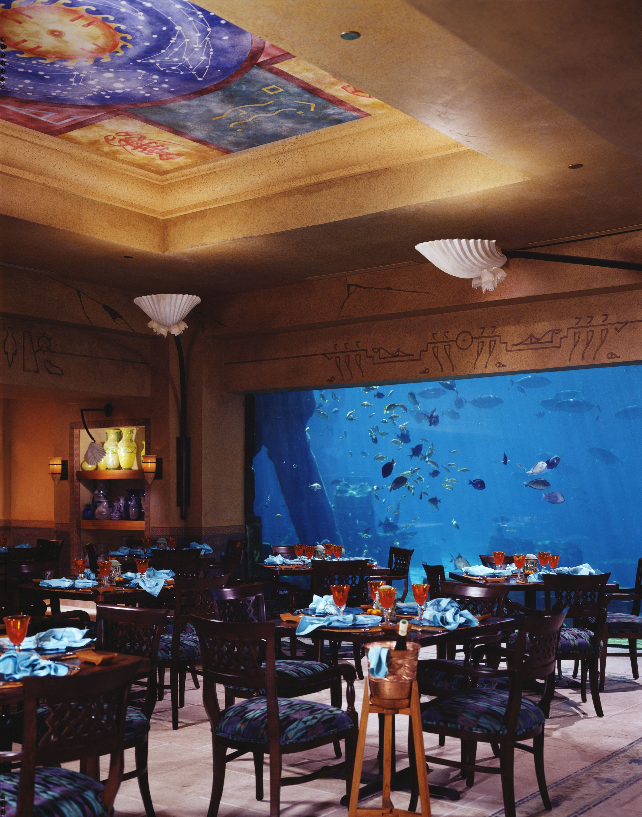 Caribbean Restaurants Fathoms Restaurant At The Atlantis Resort On Paradise Island Bahamas