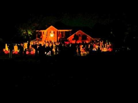 Epic Halloween House Light Show Synced To Eric Church - #epic #Halloween # EricChurch & Epic Halloween House Light Show Synced To Eric Church - #epic ...