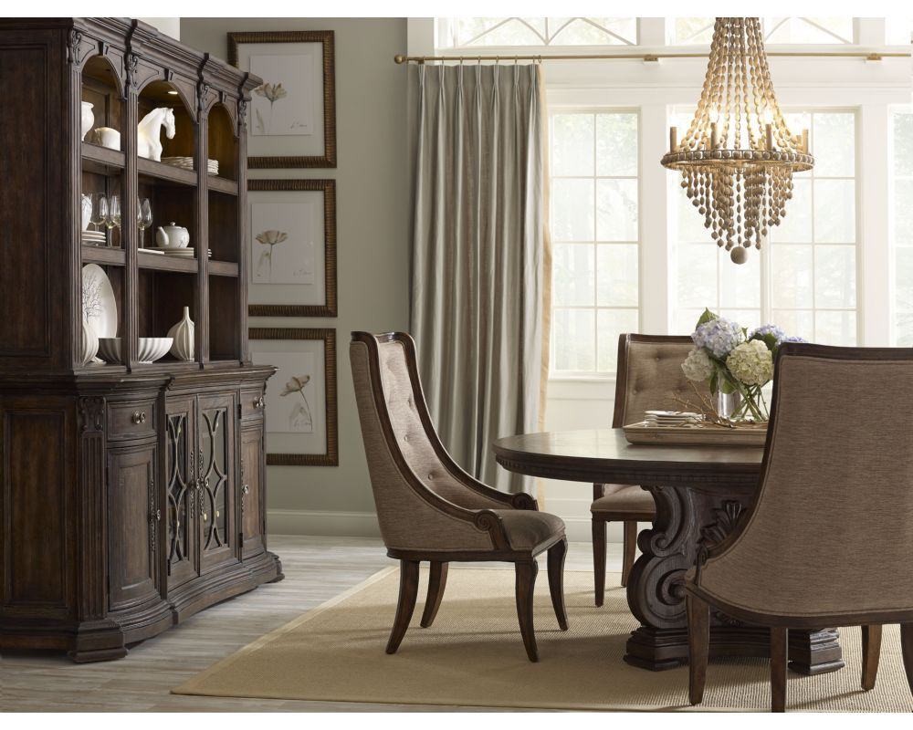 Bring The Classic Elegance Of The Well Crafted Thomasville Casa Veneto  Stella Round Table To