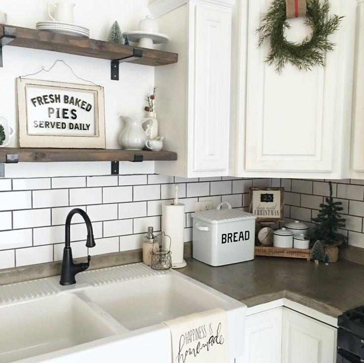 36 Farmhouse Kitchen Decor Ideas To Transform Your Kitchen. Tags #KitchenIdeas #KitchenDesign #FarmhouseDecor #RusticHomeDecor #rusticFarmhouse ... & 35+ Best Farmhouse Kitchen Decor Ideas To Transform Your Kitchen ...