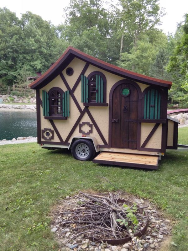 the tudor micro cottage on wheels by woolywagons tiny houses haus gartenhaus und bauwagen. Black Bedroom Furniture Sets. Home Design Ideas