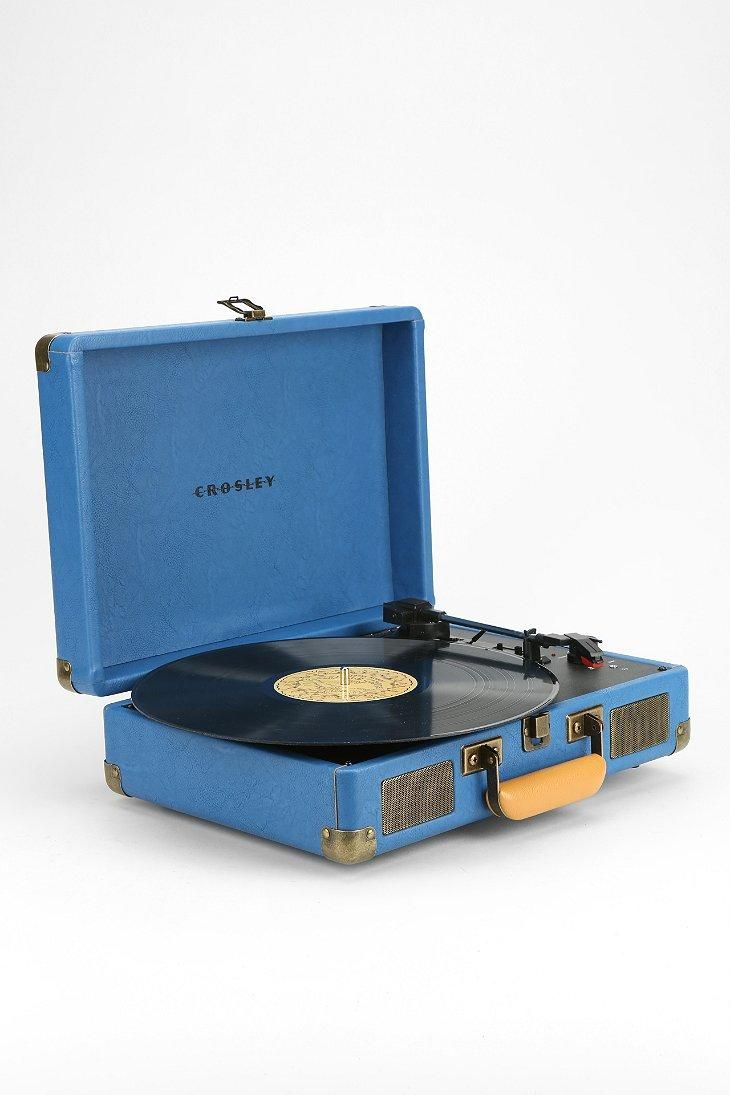 Crosley X UO Cruiser Briefcase Portable #RecordPlayer #urbanoutfitters #records #vinyl