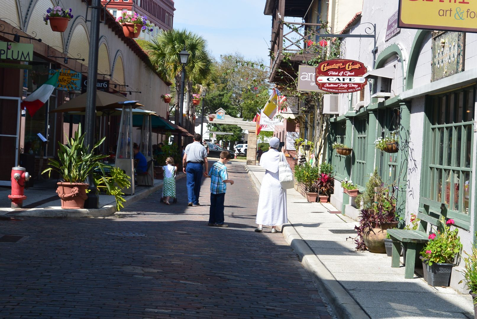 St Augustine Aviles Street Is The Oldest Street In The Usa And