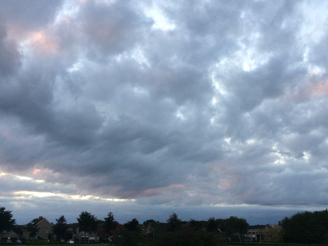 Sky in Oss