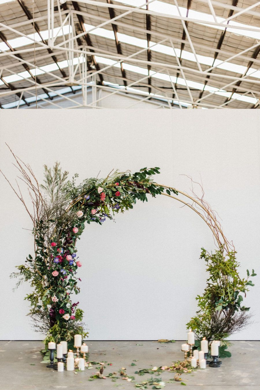 floral circle arch wedding backdrop