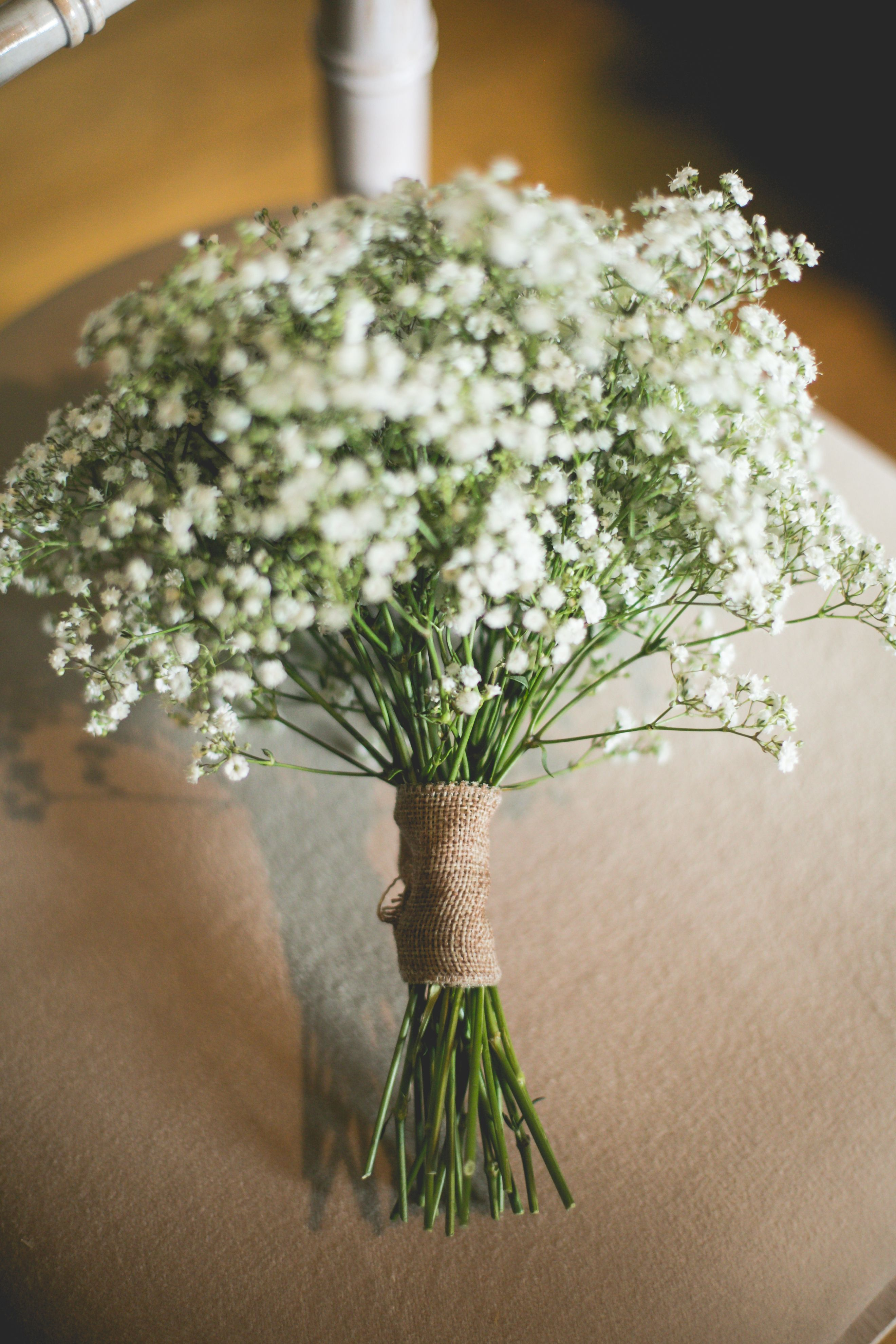 Baby 39 s breath gypsophila bridesmaid bouquet with for How to make hessian flowers