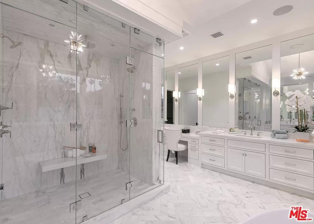 24716 Long Valley Rd Hidden Hills Ca 91302 Mls 20570506 Zillow Bathroom Design Luxury Fancy Bathroom Luxury Master Bathrooms