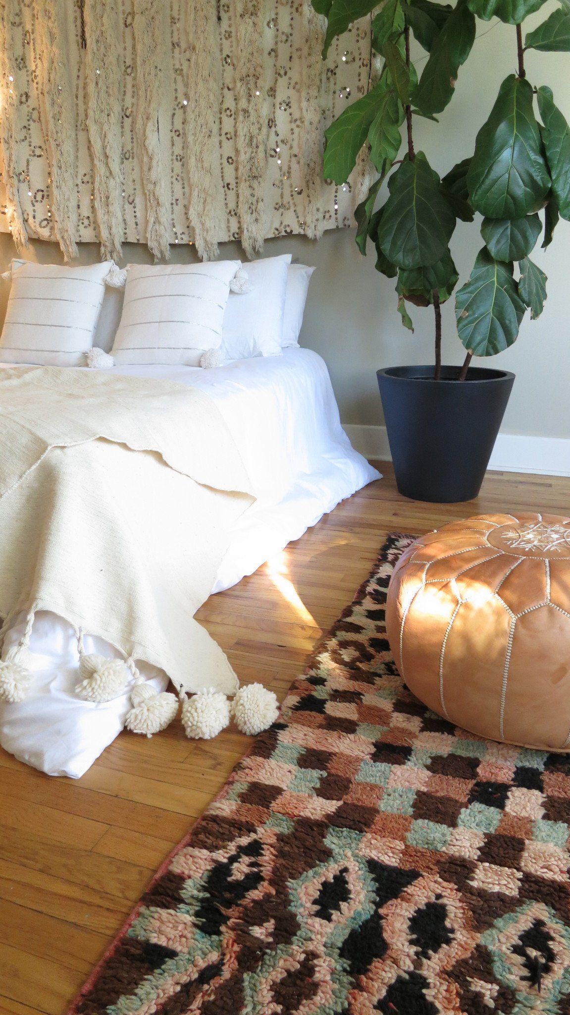 'Café au Lait' Moroccan Pom Blanket Boho room, Beautiful