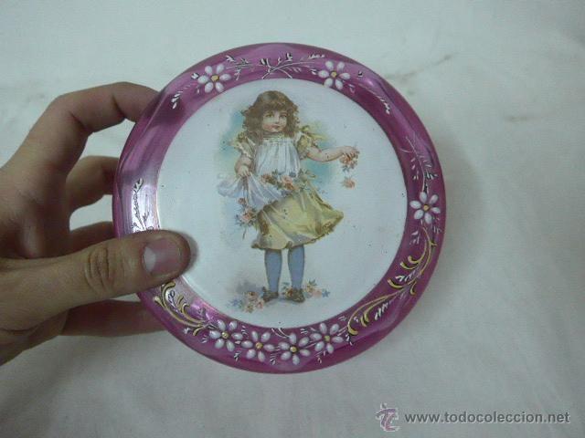 Antigüedades: Preciosa bombonera de cristal pintado esmaltado de años 20, modernista, original - Foto 2 - 48526505