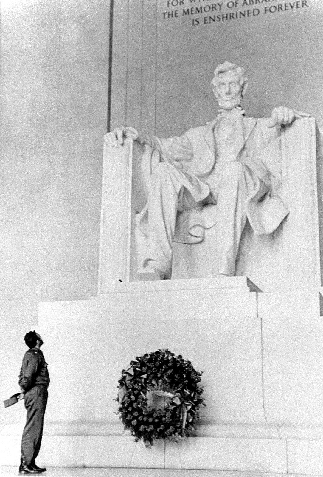 Castro visiting the Lincoln Memorial during his visit to the United States, 1959. #cubaisland