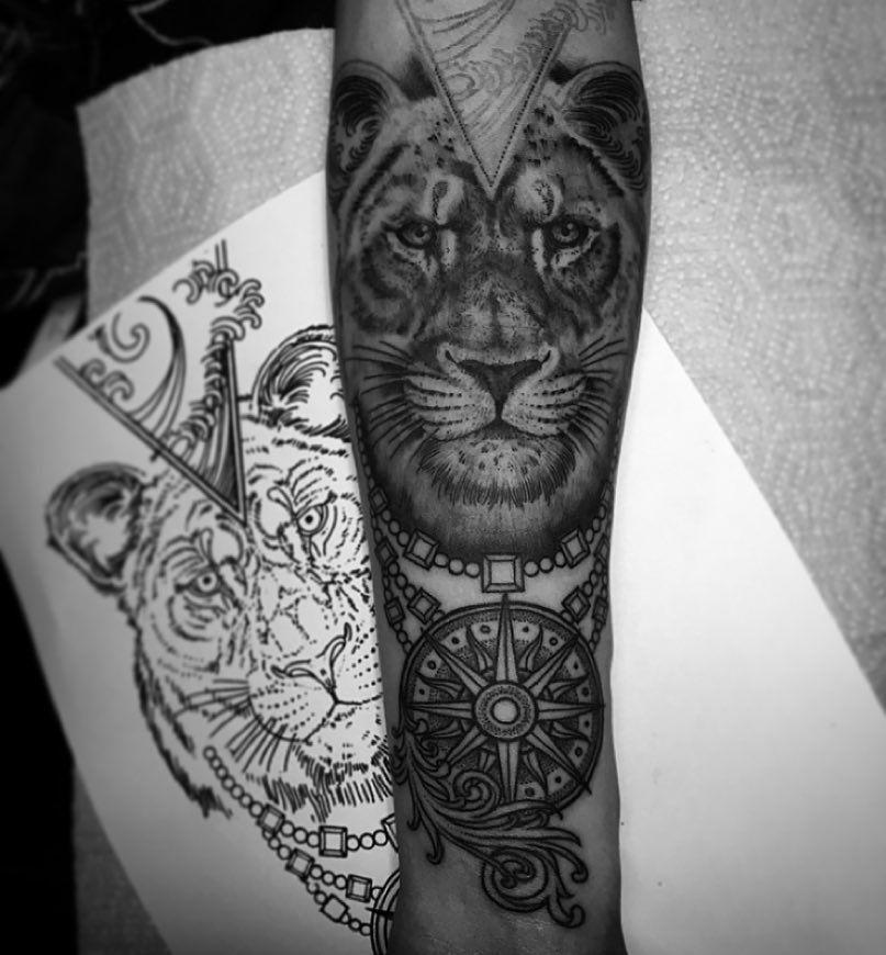 Maze Tattoo By Daniel Silva Maze Tattoo Tattoo Ink Colors Ink Master