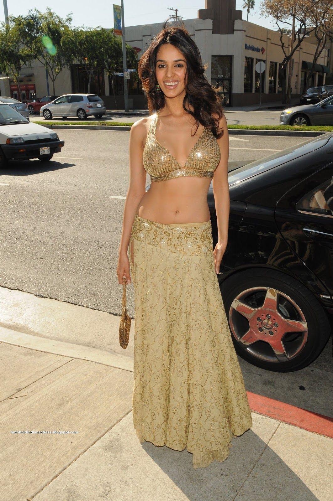 Hot N Bold Indian Actress Mallika Sherawat In Sexy Dress -2917