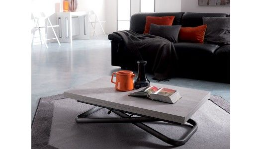 De fabrication italienne, cette table basse relevable est une ...
