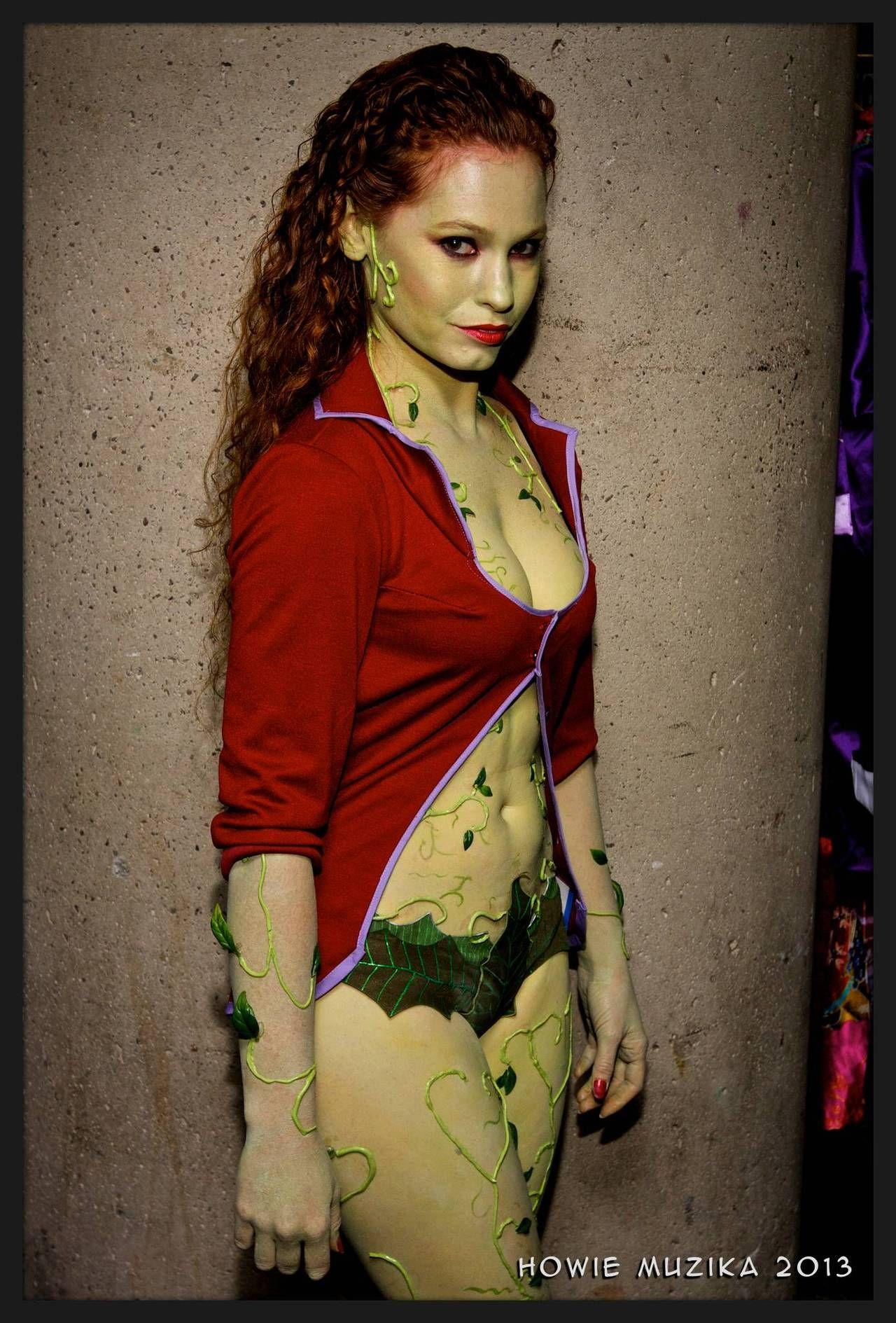 Poison Ivy from Arkham Asylum, photo by Howie Muzika ...