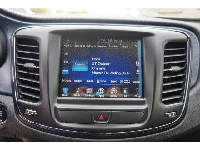 Research the 2016 Chrysler 200 in Orlando, FL at Central ...
