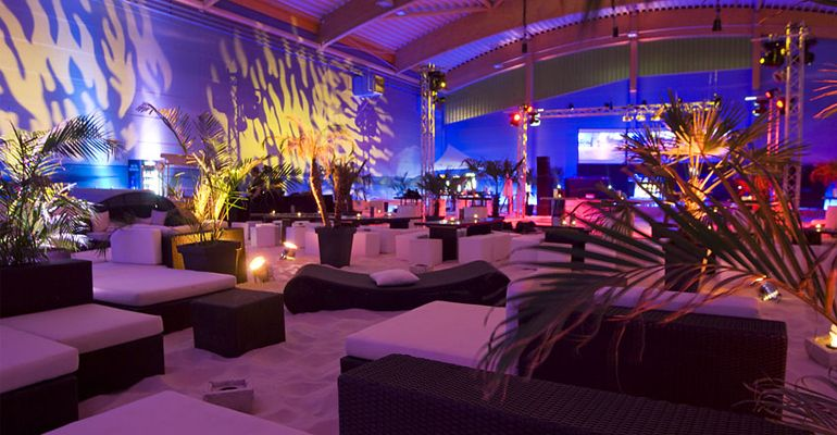 Host your Year End Party at our indoor beach venue with any beach - küchenstudio hamburg wandsbek