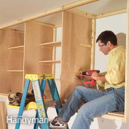 Installing large garage cabinets placares taller y for Garajes organizados
