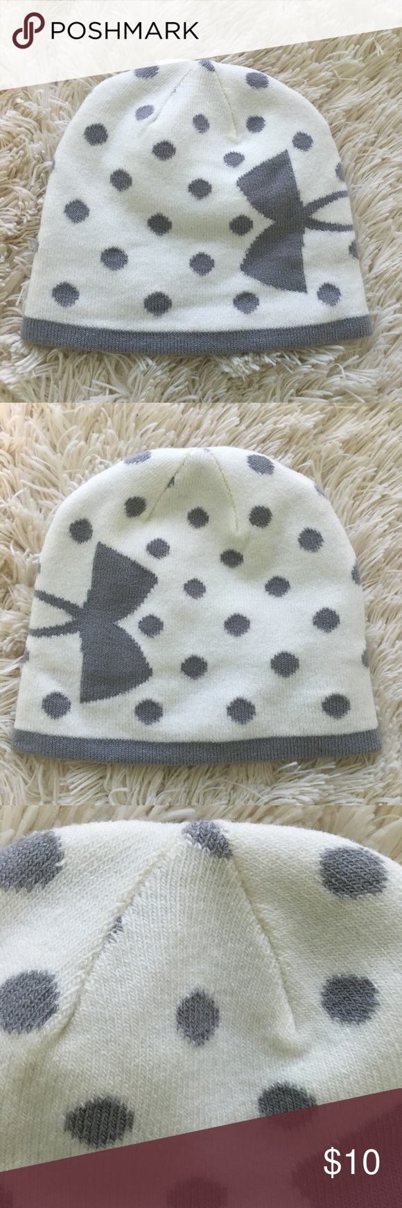 8fa18caee Youth (Girls) Under Armour Winter Hat. This is a Girls Under Armour ...