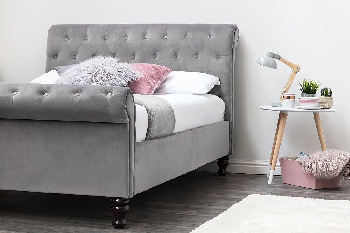 Best Lambeth Grey Velvet Upholstered Chesterfield Sleigh Bed 640 x 480