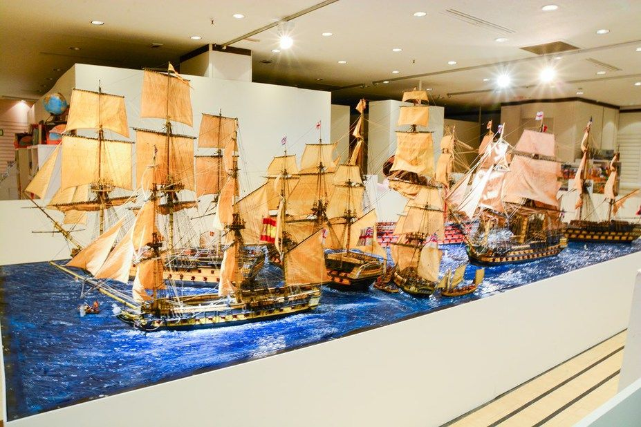 The Diorama Is In Scale Of 1 X2f 50 Consisting Of 8 Ships And 2500 Figures The Battle Was The Most Decisive Naval Victor Trafalgar Hms Victory Model Ships