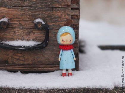 Человечки ручной работы. Ярмарка Мастеров - ручная работа. Купить деревянная кукла в голубом. Handmade. Голубой, кукла деревянная