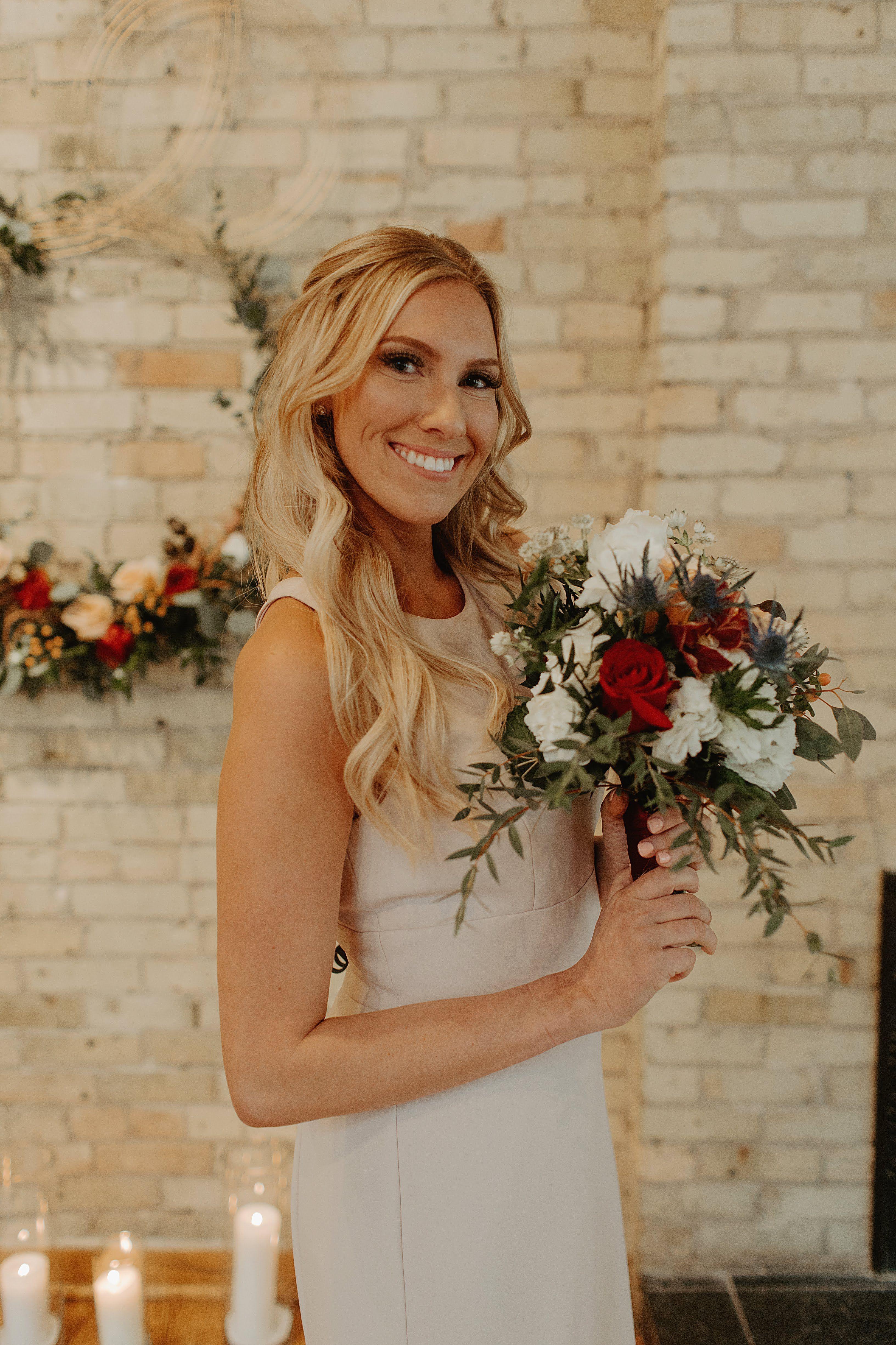 Downtown Milwaukee Wisconsin Wedding At Onesto Wedding Bridesmaids Wedding Wedding Photos
