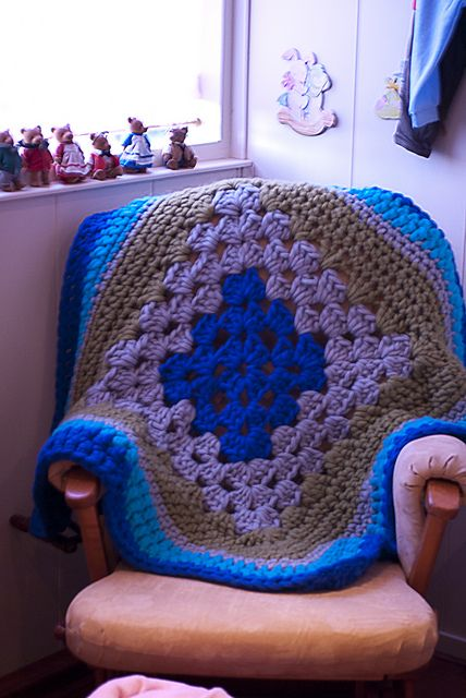 Ravelry: Knit-In's Bulky baby afghan   Baby afghans ...