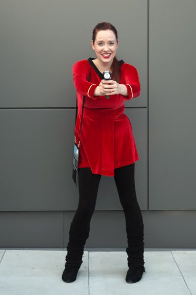 Set Phasers On Kill Join Trekdating Com And Meet Startrek Fans Who Want To Connect Star Trek Costume Star Trek Cosplay Film Star Trek