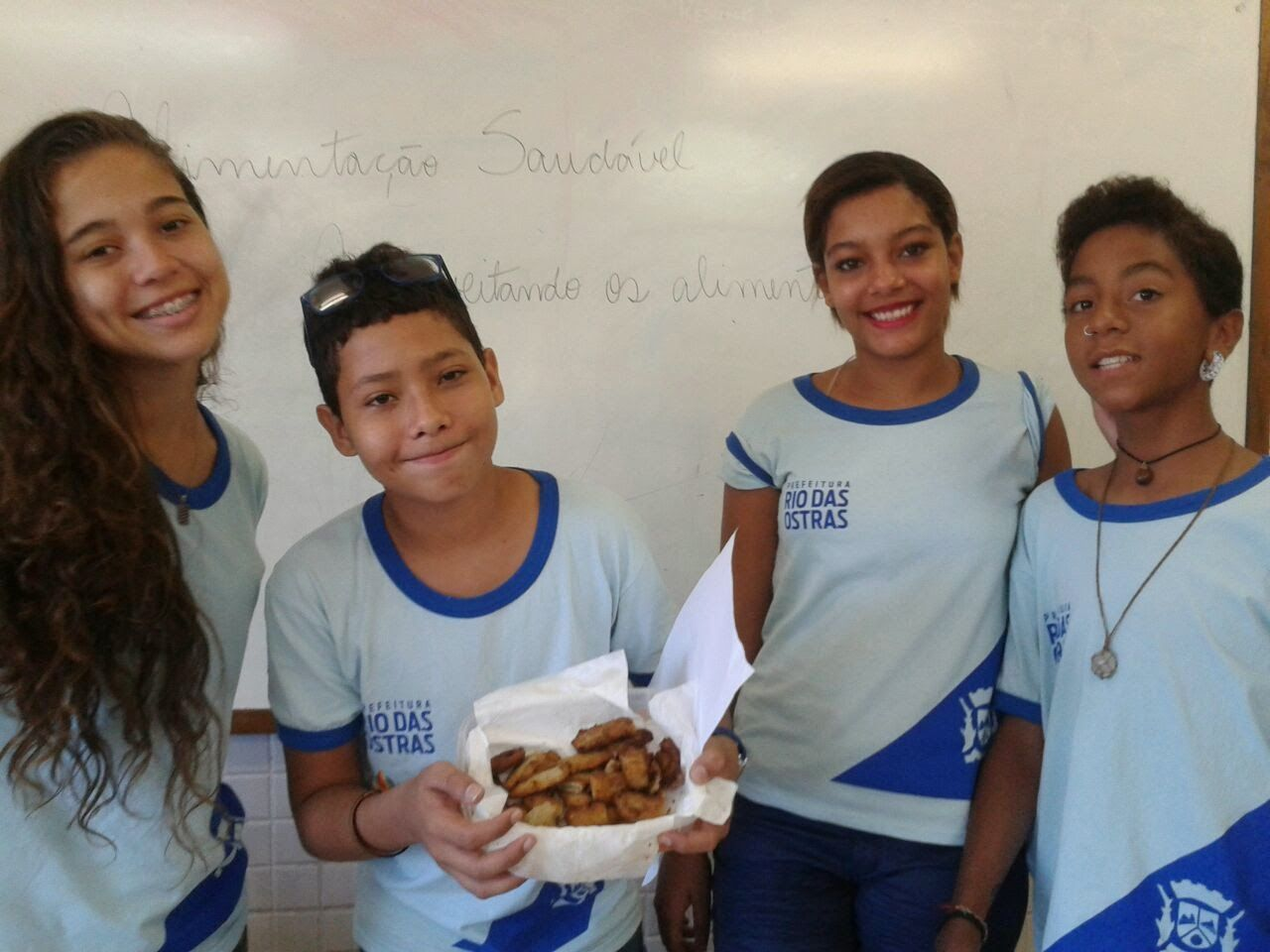 Blog do Inayá: Professora Natália Coqueiro trabalha alimentação saudável com alunos do Inayá