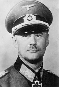 General der Infanterie Hans Wilhelm Karl Zorn (27 October 1891 - 02 August 1943), commander 20. Infanterie Division, XXXX. Armeekorps, XXXXVI. Panzerkorps. Knight's Cross on 27 July 1941 as GM and commander of 20. Infanterie Division, 291st Oak Leaves on 03 September 1943 as GdI and commander of XXXXVI. Panzerkorps. Hans Zorn was killed on 02 August 1943 by Soviet fire during Operation Kutuzov. He was posthumously awarded the Oak Leaves to his Knight's Cross on 03 September 1943.