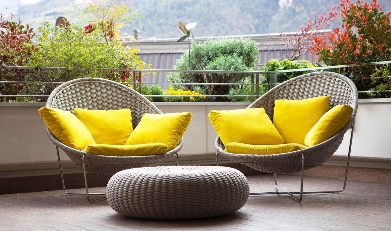 Tendencias en decoraci n de terrazas para cualquier tipo for Sillones para departamentos