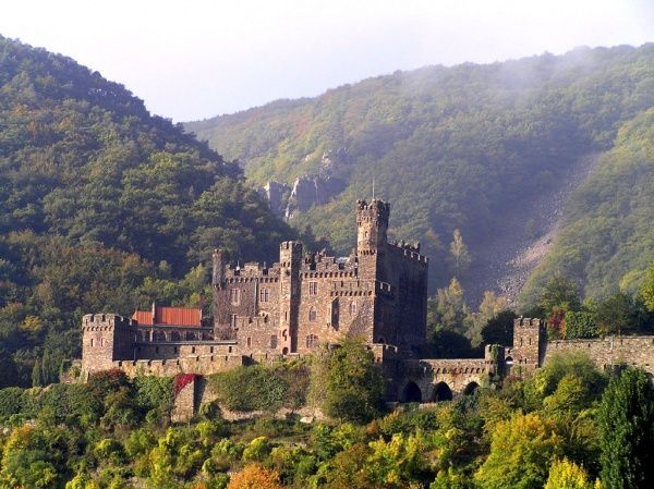 castles in romantic germany - the rhineland-palatinate | castle is a castle near the town of trechtingshausen in rhineland ...