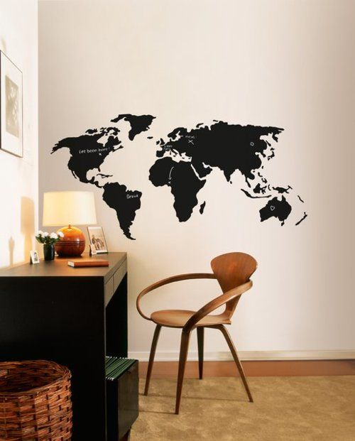 Chalkboard World Map - great idea, I definitively want to have something like that. Problem: I don't have any spare walls...