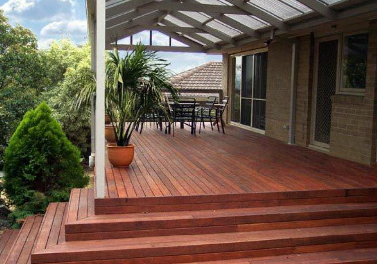 Best Pitched Roof Verandah Over A Stepped Merbau Deck Clear 400 x 300