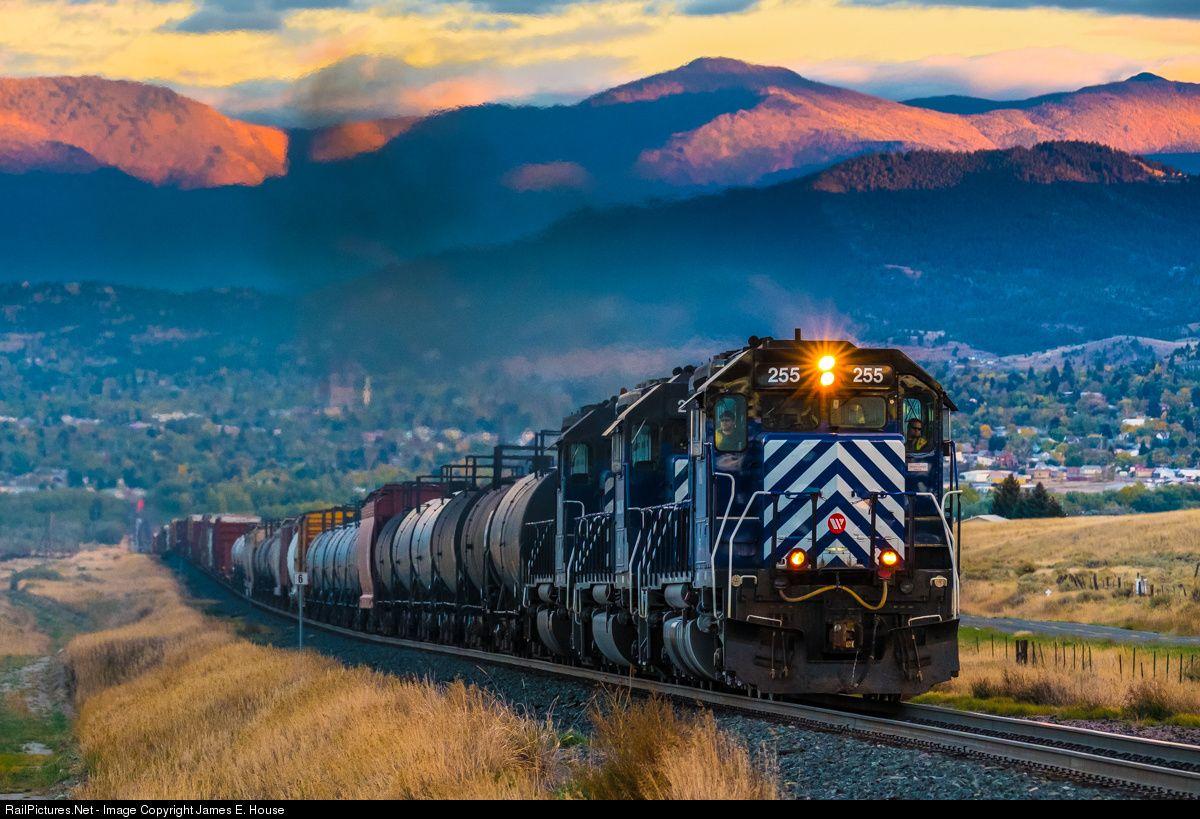 RailPictures.Net Photo: MRL 255 Montana Rail Link SD40-2XR at Helena, Montana by James E. House