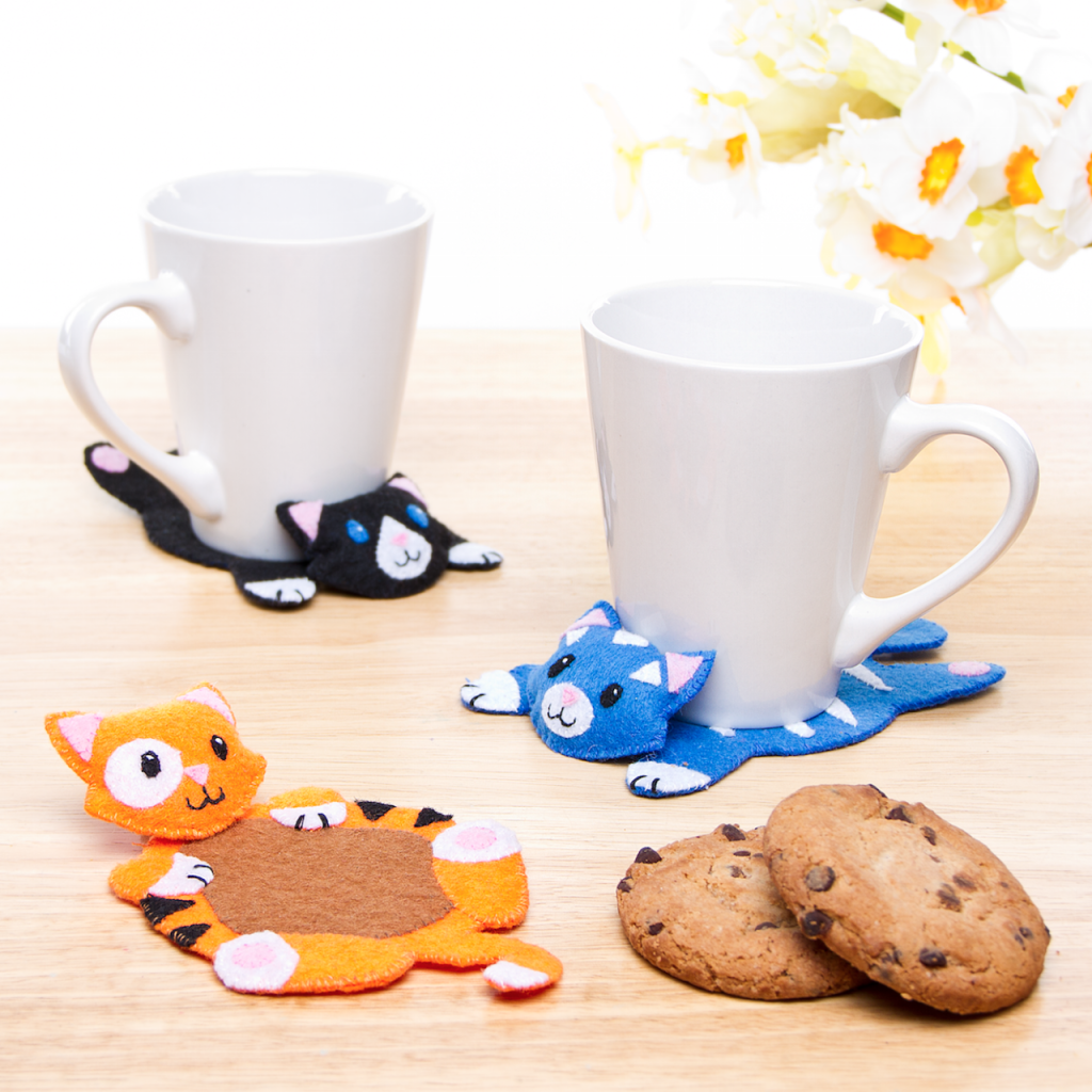 Guest Post: DIY Felt Kitty Stitched Coasters Made Peachy  #feltcrafts #catcrafts